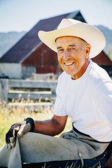 Portrait of smiling Caucasian farmer - BLEF03226