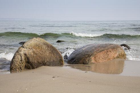 Germany, Ruegen, baltic seaside resort Binz, erratic blocks at the beach - WIF03897