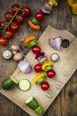 Preparation of vegetable skewers - LVF08027
