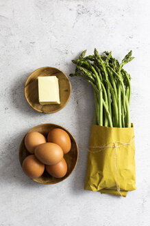 Asparagus, eggs and a piece of butter - GIOF06318
