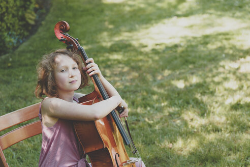 A girl with cello in garden - IHF00028