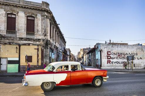 Driving vintage car, Havana, Cuba - HSIF00602