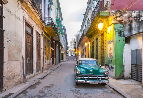 Parked vintage car in empty street, Havana, Cuba - HSIF00617