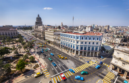 Havana, Cuba, Central Havana with Parque Central, El Capitolio and vintage cars - HSIF00638