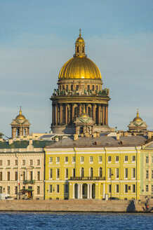 City center of St. Petersburg from the Neva at sunset with the St. Isaac cathedral, Russia - RUNF02134