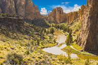 River winding through canyon, Bend, Oregon, United States, - BLEF04096