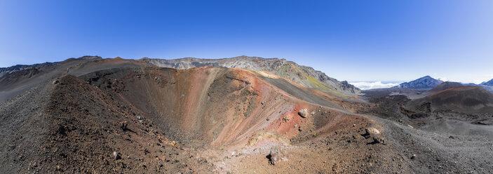 Sliding Sands Trail, Kalu'uoka'o'o Crater, Haleakala volcano, Haleakala National Park, Maui, Hawaii, USA - FOF10778