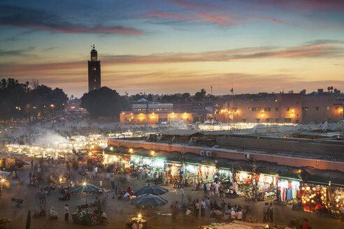 Crowd at night in Jamaa el Fna Square, Marrakesh, Morocco, - BLEF04686