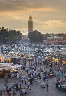 Crowd walking in Jamaa el Fna Square, Marrakesh, Morocco, - BLEF04689
