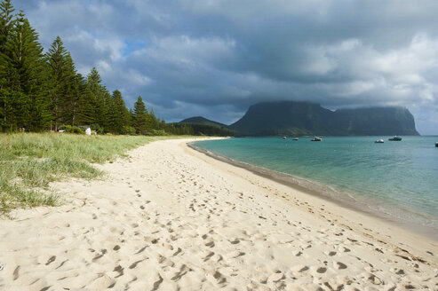 Deserted beach with Mount Lidgbird and Mount Gower in the background, Lord Howe Island, New South Wales, Australia - RUNF02175