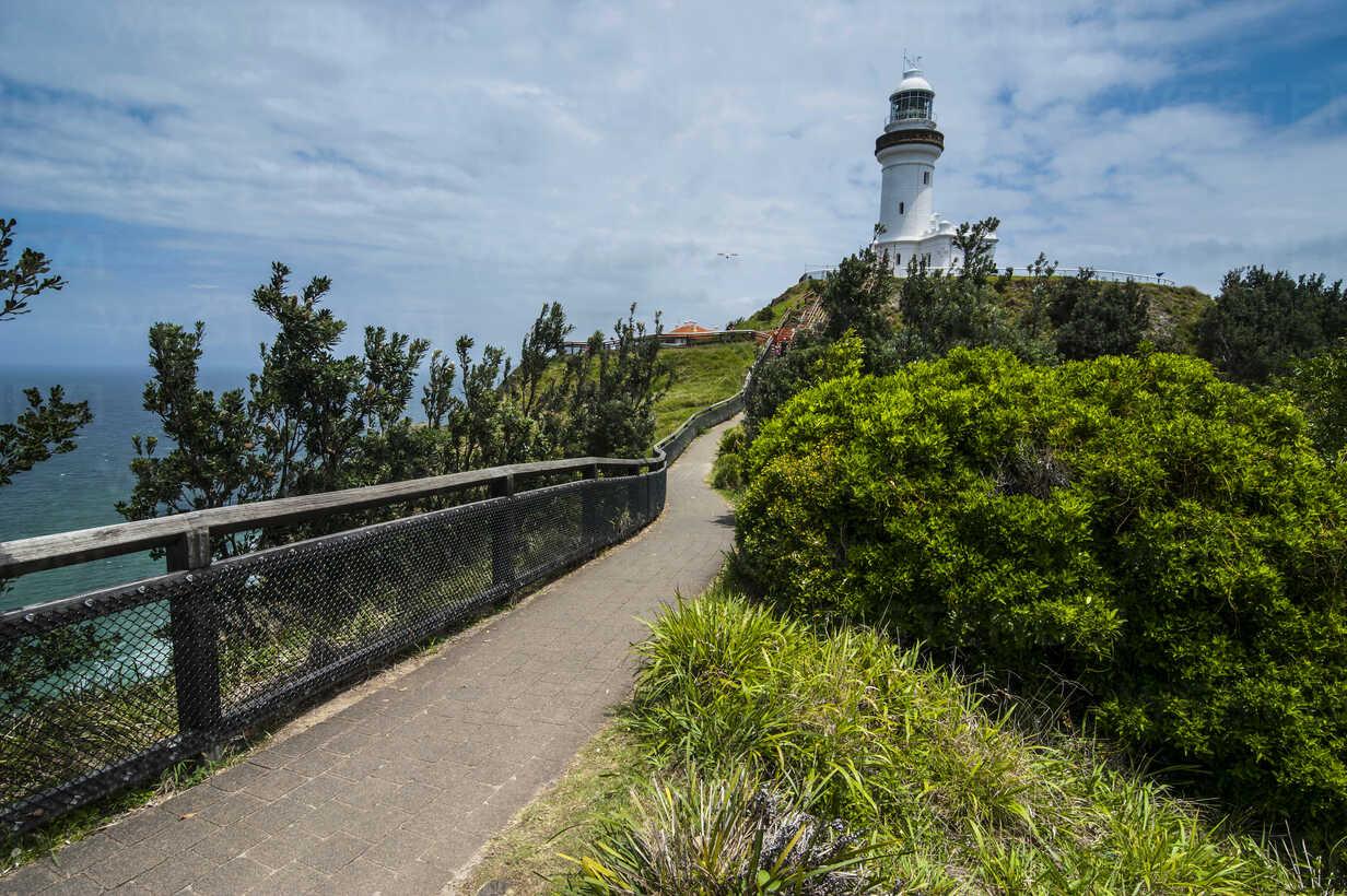 Byron Bay lighthouse called Cape Byron Light, New South Wales, Australia - RUNF02203 - Michael Runkel/Westend61