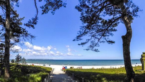 View to the beach, Binz, Ruegen, Germany - PUF01518