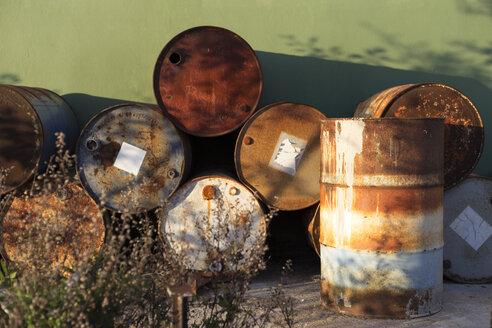 Rusty barrels in a scrapyard - JPTF00083