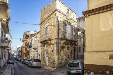 Narrow road and houses, Ragusa, Sicily, Italy - MAMF00744