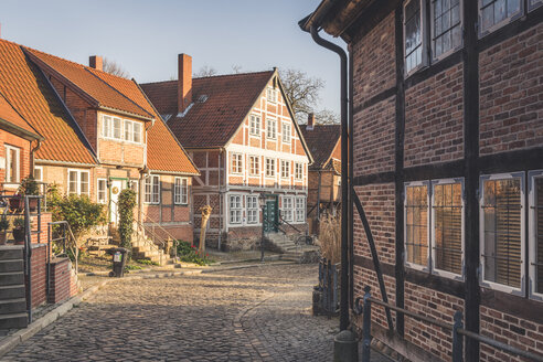 Half-timbered houses at an alley, Lauenburg, Schleswig-Holstein, Germany - KEBF01252