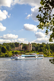 View to Babelsberg Castle with tourboat on Havel in the foreground, Potsdam, Germany - PUF01611
