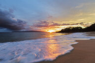 Big Beach at sunset, Makena Beach State Park, Maui, Hawaii, USA - FOF10839