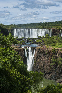 Unesco world heritage sight, Iguazu Falls, Brazil - RUNF02541