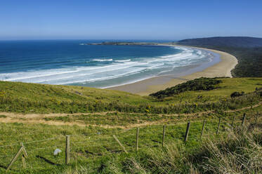 View over the beautiful Tautuku bay, The Catlins, South Island, New Zealand - RUNF02580