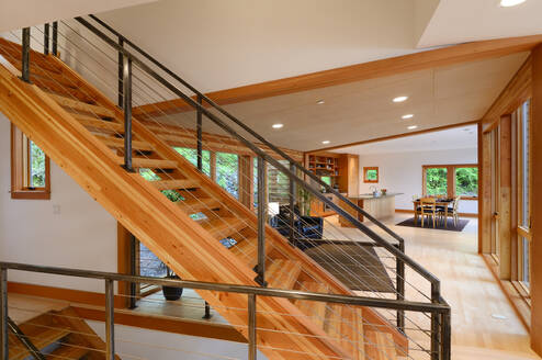Wooden staircase in modern home - MINF11663