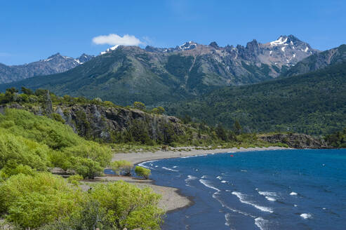 Beautiful mountain lake in the Los Alerces National Park, Chubut, Argentina, South America - RUNF02724