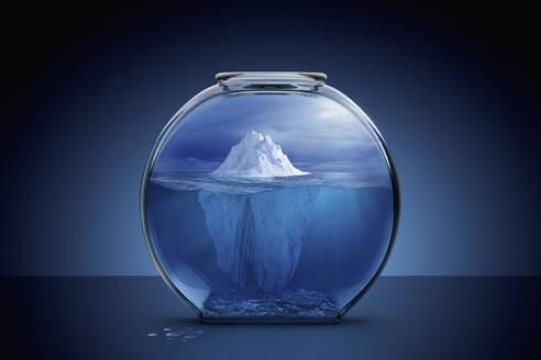 Glacier in fishbowl - BLEF07502