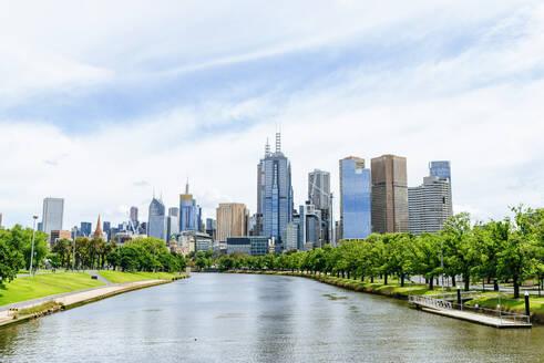 Cityscape of Melbourne with Yarra river, Victoria, Australia - KIJF02491
