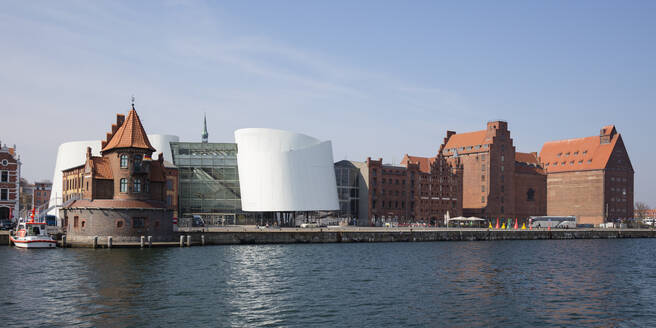 View to harbour with pilot house, Ozeaneum and old warehouses, Stralsund, Germany - WI03955