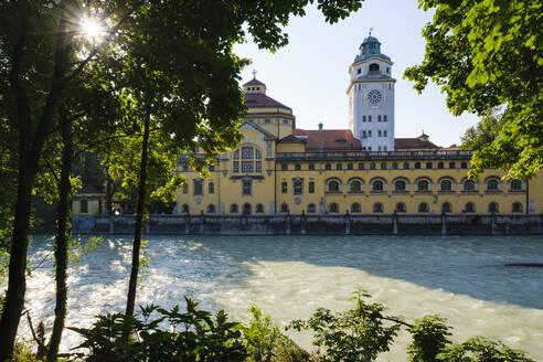 Müllersches Volksbad, Isar, Haidhausen, München, Oberbayern, Bayern, Deutschland - SIEF08743