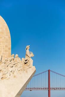 Portugal, Lissabon, Belém, Ponte 25 de Abril, Brücke, Padrao dos Descobrimentos, Heinrich der Seefahrer, Denkmal - WDF05293