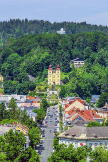 Austria,Carinthia,KlagenfurtamWorthersee, High angle view of city with church and Way of the Cross - THAF02522