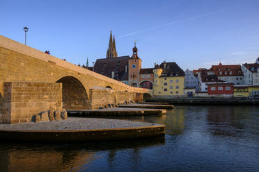 Germany, Bavaria, Regensburg, Old town buildings and Danube River - LBF02619