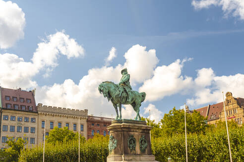 Sweden, Malmo, Karl X Gustav statue in town square - TAMF01769