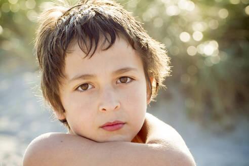 Portrait of sad boy - IHF00186