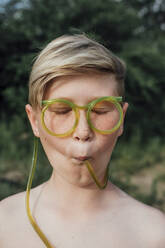 Portrait of freckled boy with funny glasses - VPIF01394