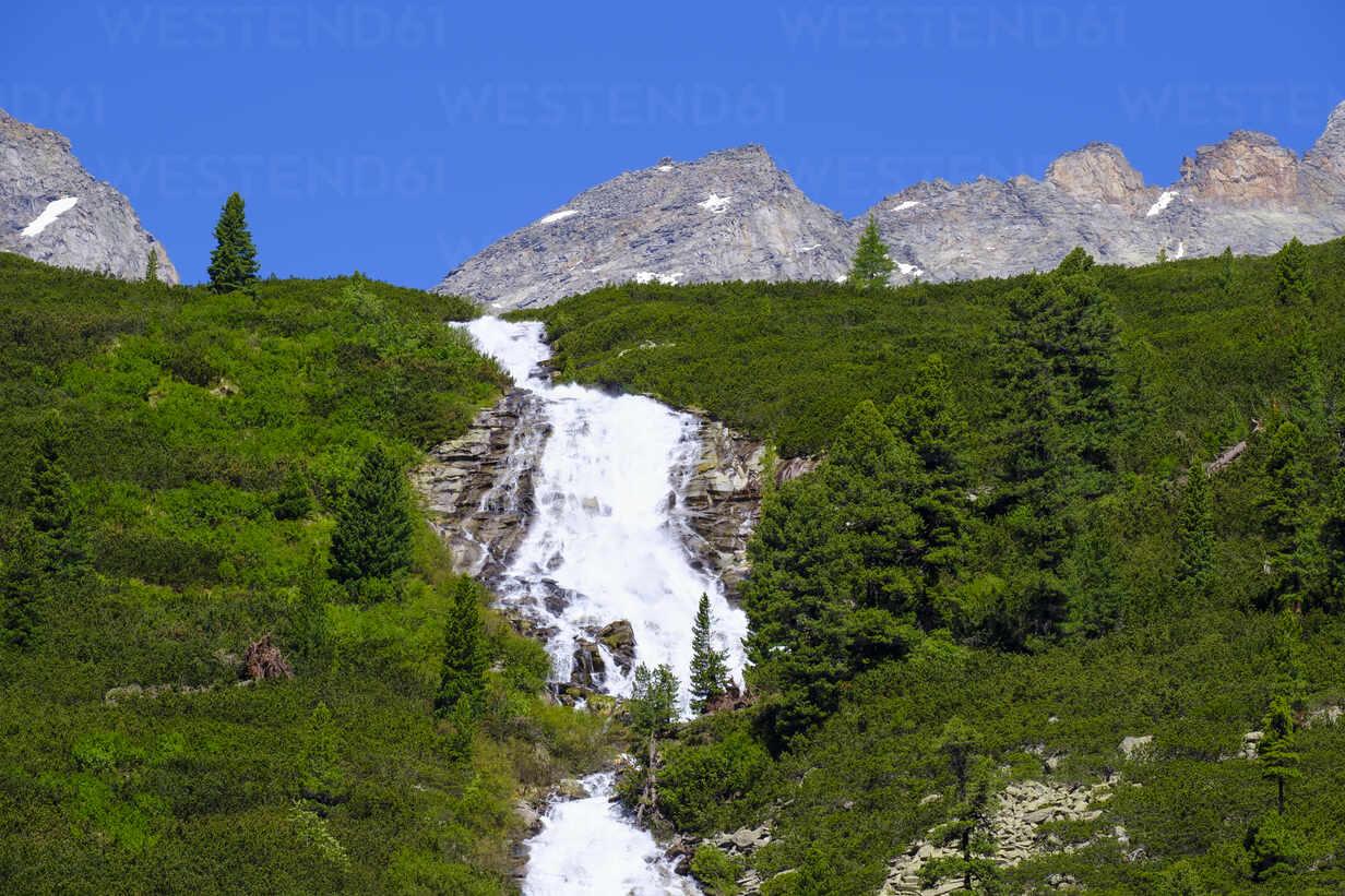 Waterfall Unterschrammachbach, Zillertal Alps, Ziller valley, Tyrol, Austria - SIEF08800 - Martin Siepmann/Westend61