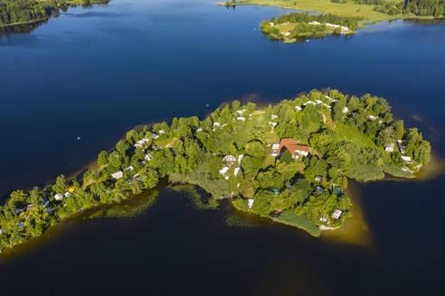 Insel Buchau im Staffelsee, Bayerisches Alpenvorland, Oberbayern, Bayern, Deutschland, - LHF00669