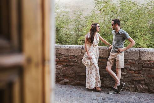 Couple in love, Granada, Spain - LJF00657