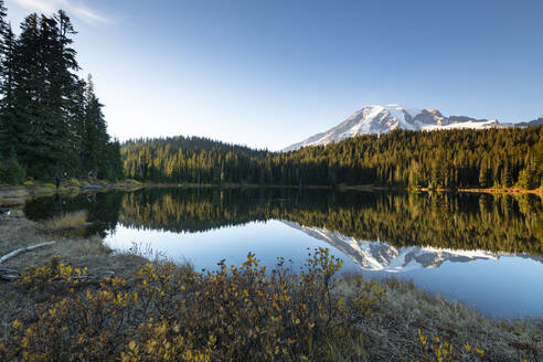 Reflection Lake, Mount Rainier National Park, Washington State, United States of America, North America - RHPLF00208