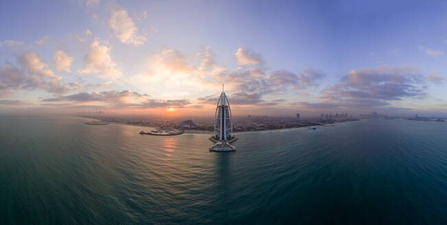 Panoramic aerial view of the luxurious Burj Al Arab Hotel in the bay of Dubai - AAEF02273