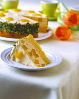 Pfirsich Quark Torte mit Osterdekoration - PPXF00243
