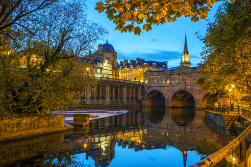Pulteney Bridge, Bath, UNESCO World Heritage Site, Avon, Somerset, England, United Kingdom, Europe - RHPLF01047
