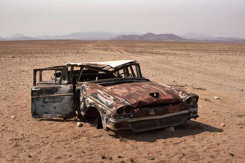 Abandoned car at the Namibe Desert, Namibe, Angola - VEGF00562