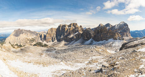 Scenic view of mountains seen from Lagazuoi, Italy - WPEF01815