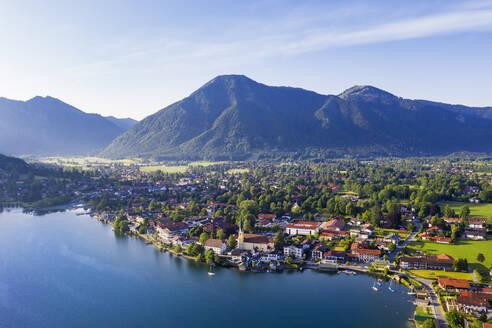 Rottach-Egern by Lake Tegernsee against sky, Upper Bavaria, Bavaria, Germany - SIEF08936