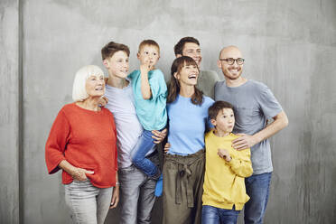 Couple with their four sond and their grandmother - MCF00224