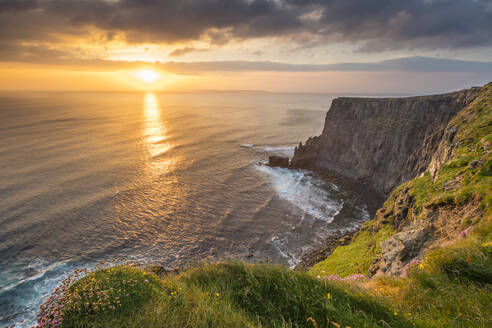 Cliffs of Moher at sunset, Liscannor, County Clare, Munster province, Republic of Ireland, Europe - RHPLF07555