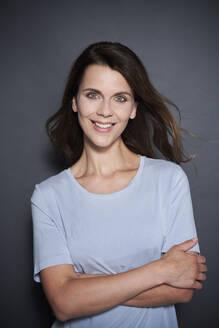 Portrait of smiling attractive woman - PNEF01953