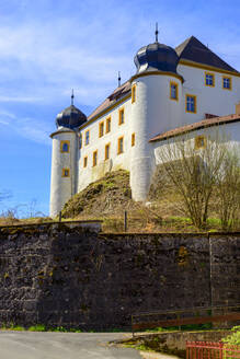 Castle Unteraufsess against sky during sunny day, Aufsess, Germany - LBF02721