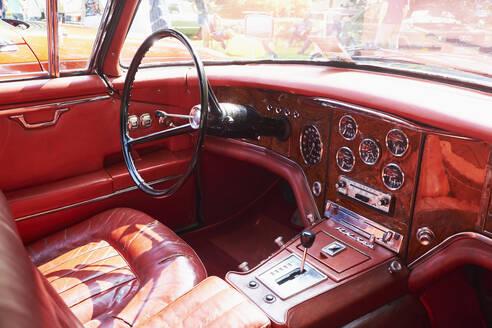 Interior of a vintage car, Facel Vega HK 500 - BSC00614
